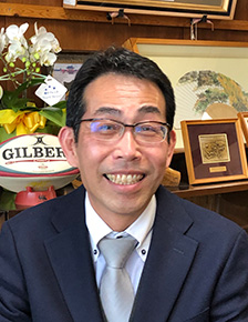 大阪府立布施工科高等学校 校長 植田 篤司